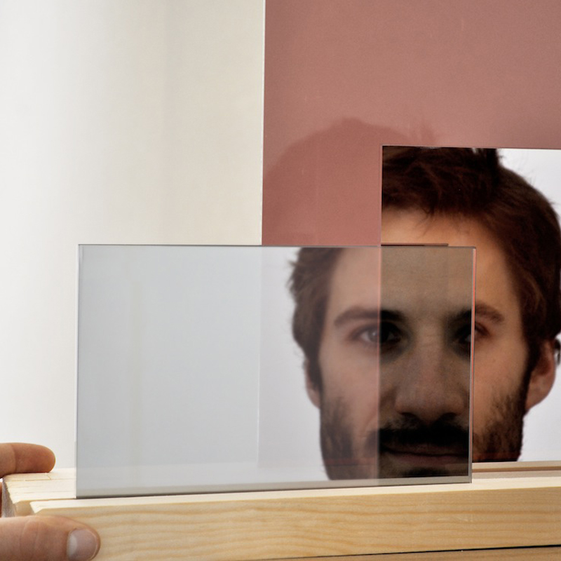 Layered Me Mirror - <p>'Layered me' is a table mirror that slightly distorts all its reflections.<br />