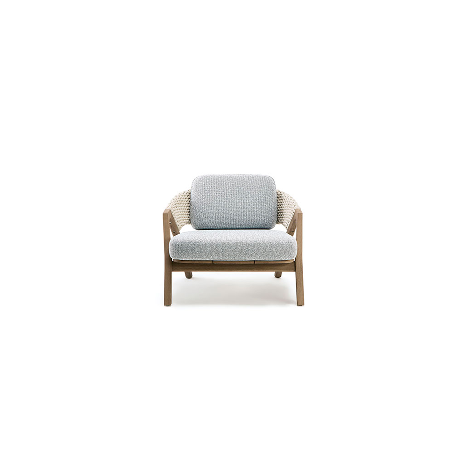 Knit Armchair - Knit is a complete line of tables, chairs and lounge chairs in teak and woven rope that expresses with refinement a perfect synthesis of aesthetics, functionality and ergonomics. The iconic collection is enriched by the new version in pickled teak and light gray rope and the rocking version of the lounge chair with high back, thus offering a new and special interpretation of the classic bergère.  Seat and back cushions available at extra cost. Please enquire for more information.   Matter of Stuff