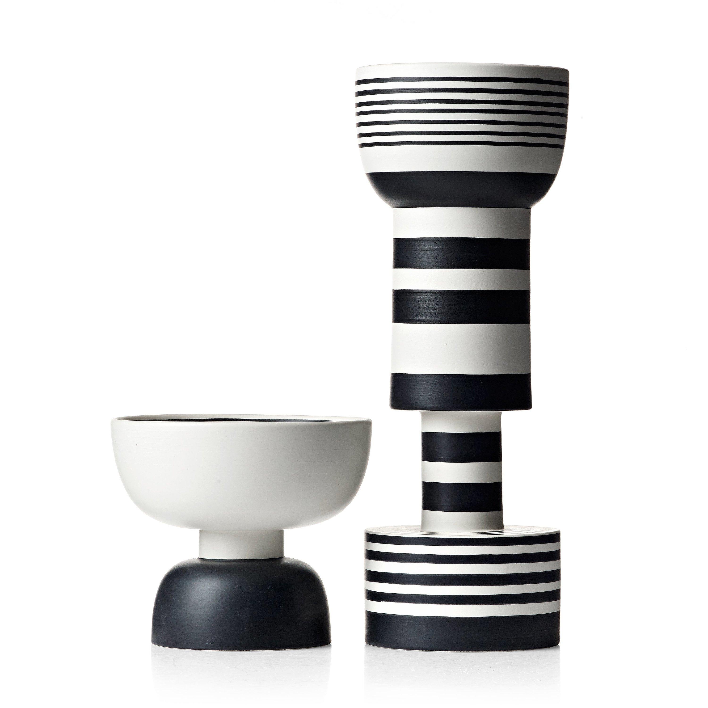 Rocchetto Vase - Vase B&W series. Hand-turned in white clay. Two-tone matt black and white glaze.  | Matter of Stuff
