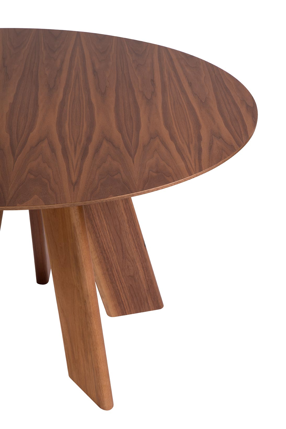 Alhambra 001 Ra Round Table - <p>Round table in various sizes with shaped top with thin edge,<br /> base with 5 legs total lacquered or solid wood.</p>  Maxfine Top is available for 3 sizes: Ø120 x H75 Cm, Ø130 x H75 Cm, Ø150 x H75 Cm | Matter of Stuff