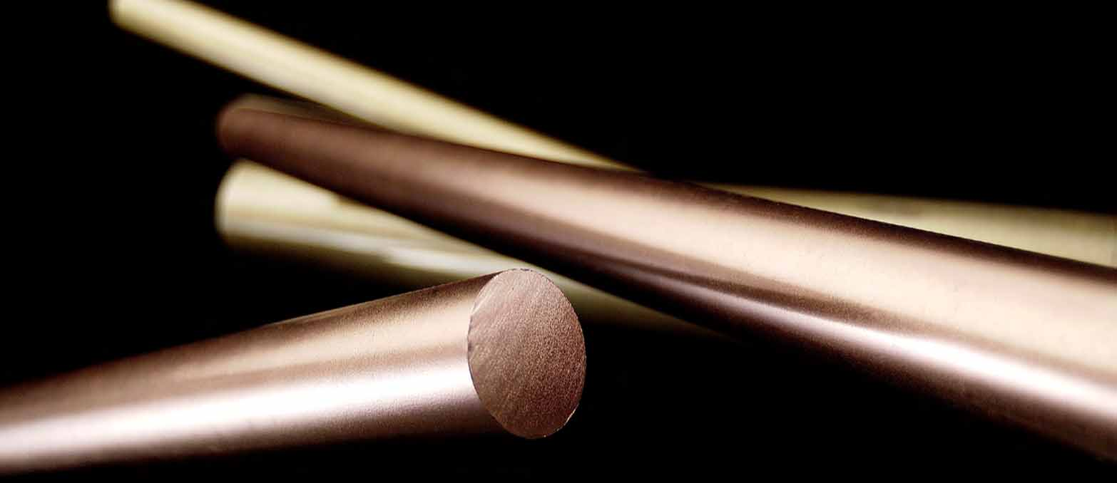 Natural Luxury Bronze Varnish - 2k two-component precious varnish based on hybrid resins able to guarantee a direct adhesion on supports made on metal, plastic, MDF and wood, able to give the treated surface a final aesthetic metal aspect with bright and satin characteristics, which does not degrade by oxidizing through time. The varnish Luxury is able to substitute the classical finishings used so far in the decoration field, becoming in this way an incredible industrial and architectural product. The varnishes of the series Luxury use all-natural metals maintaining at the same time their original brightness with a matt effect, that is not so simple to obtain starting from artificial colourations, with the exclusivity of being a stable product ready to be used in an industrial way with a great covering power.   Matter of Stuff