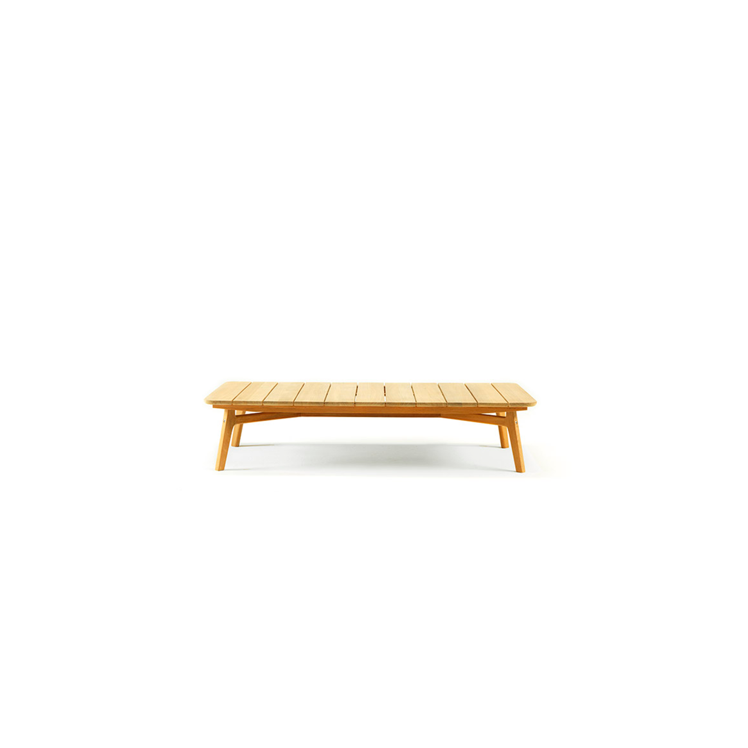 Knit Rectangular Coffee Table - Knit is a complete line of tables, chairs and lounge chairs in teak and woven rope that expresses with refinement a perfect synthesis of aesthetics, functionality and ergonomics. The iconic collection is enriched by the new version in pickled teak and light gray rope and the rocking version of the lounge chair with high back, thus offering a new and special interpretation of the classic bergère.  Rain cover is available at extra cost. Please enquire for more information. | Matter of Stuff