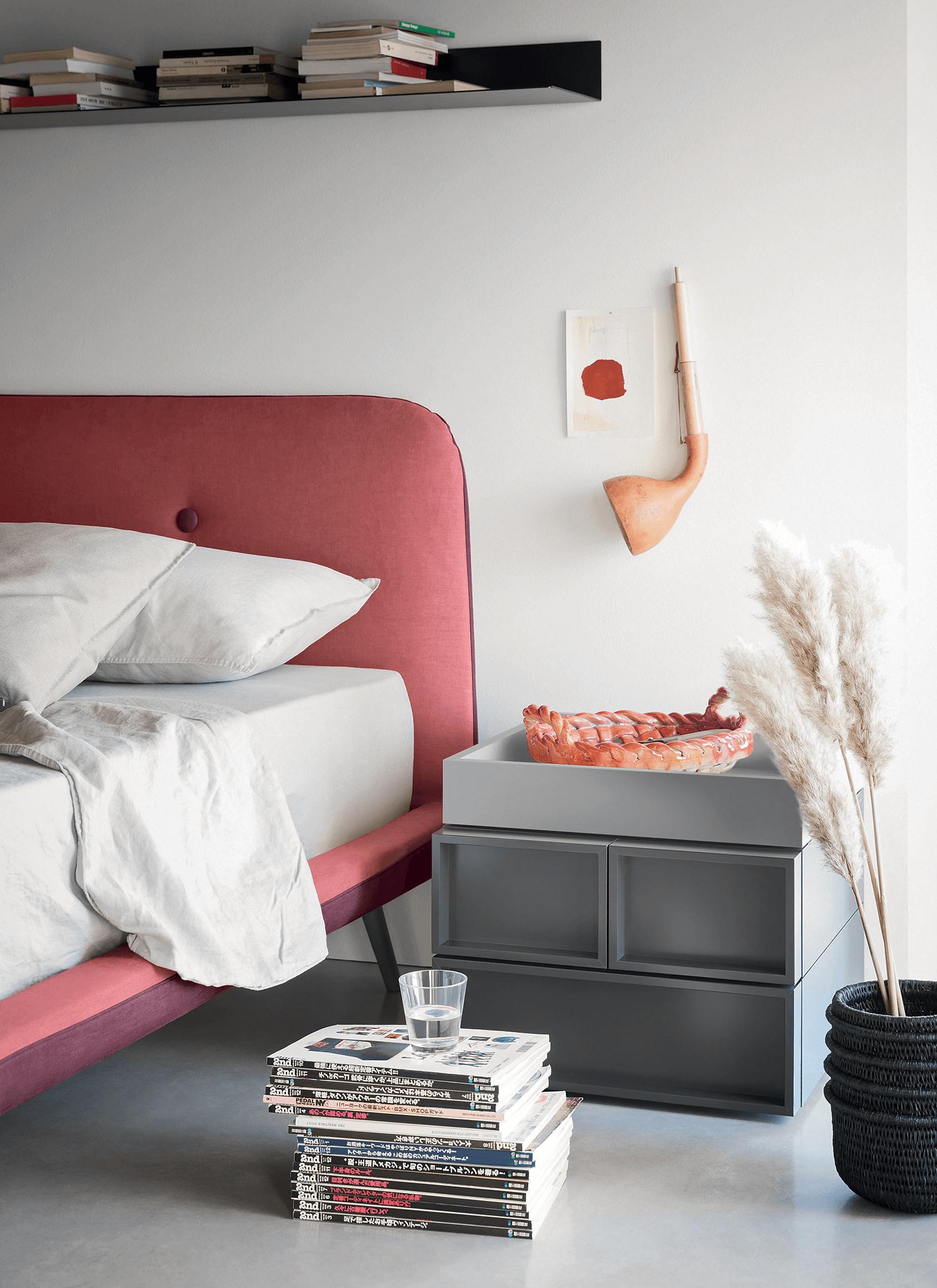 Circe Bed