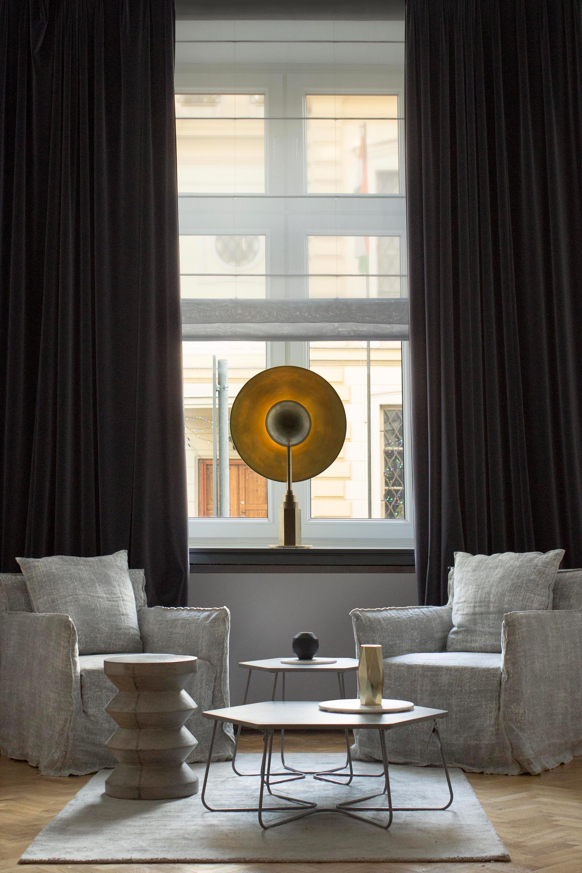 Metropolis Table Lamp