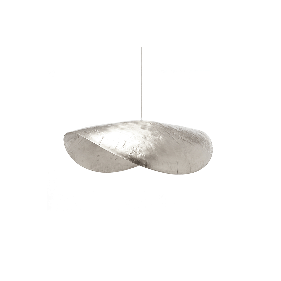 Silver 96 Lamps - Suspension lamp in hammered nickel-plated brass. Max. power 18 W, 220 Volt, bulb holder E 27. Electrical cable length of the lamp is 250 cm and the steel cable length is 200 cm. The bulb is not included.  | Matter of Stuff