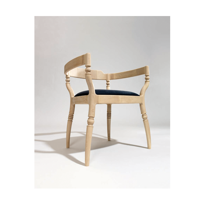Fuga Armchair - <p>A harmonious little theme. Armchair in solid beech, with an upholstered or leather seat.</p>  | Matter of Stuff