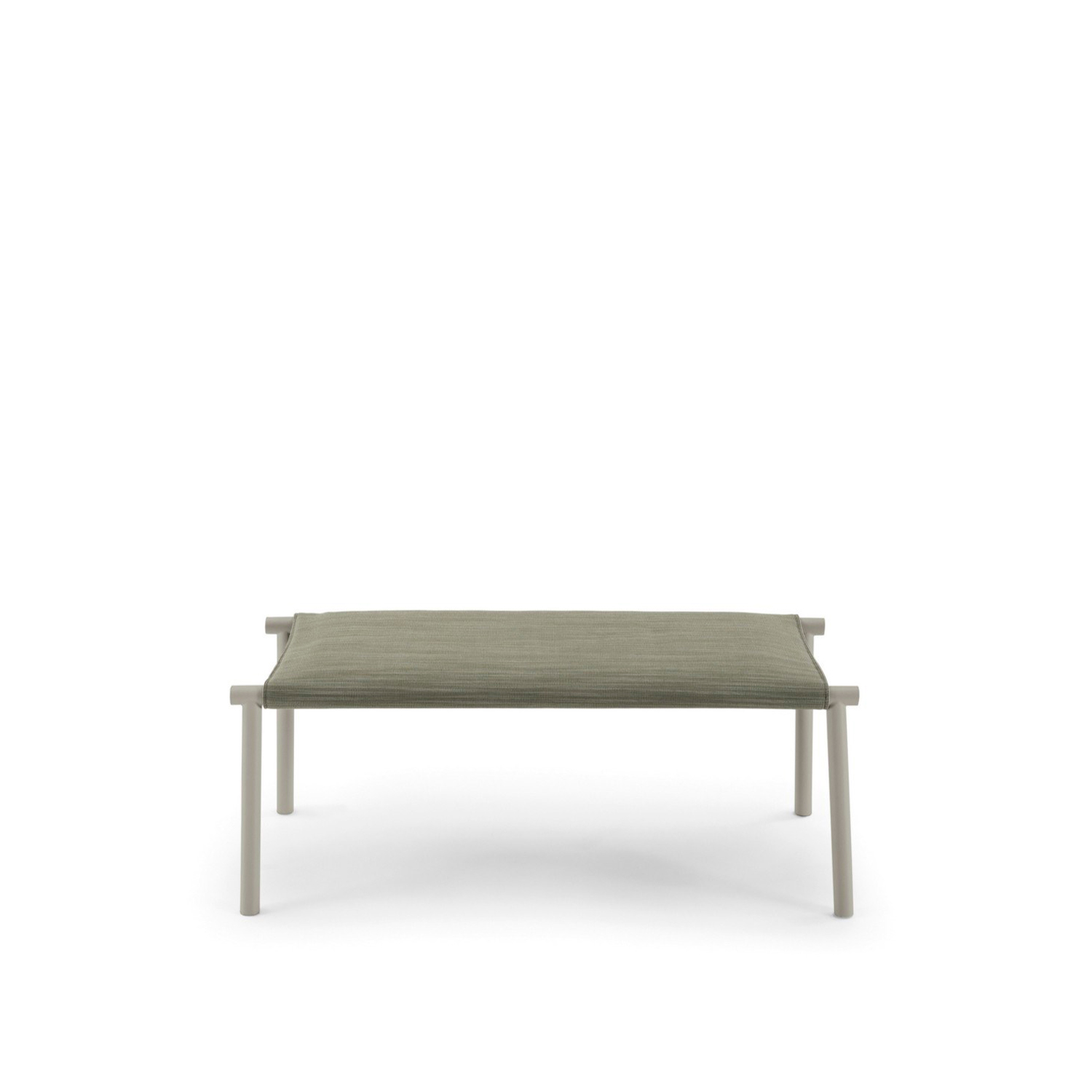 Jack Bench - This bench is inspired by the iconic lines of Jack bed, completing the sleeping area with a characterizing and functional complement. Available in the following finishings: lacquered ral 9010, 9011, 5008, 8019, 3005, 6020 e 7044.   | Matter of Stuff