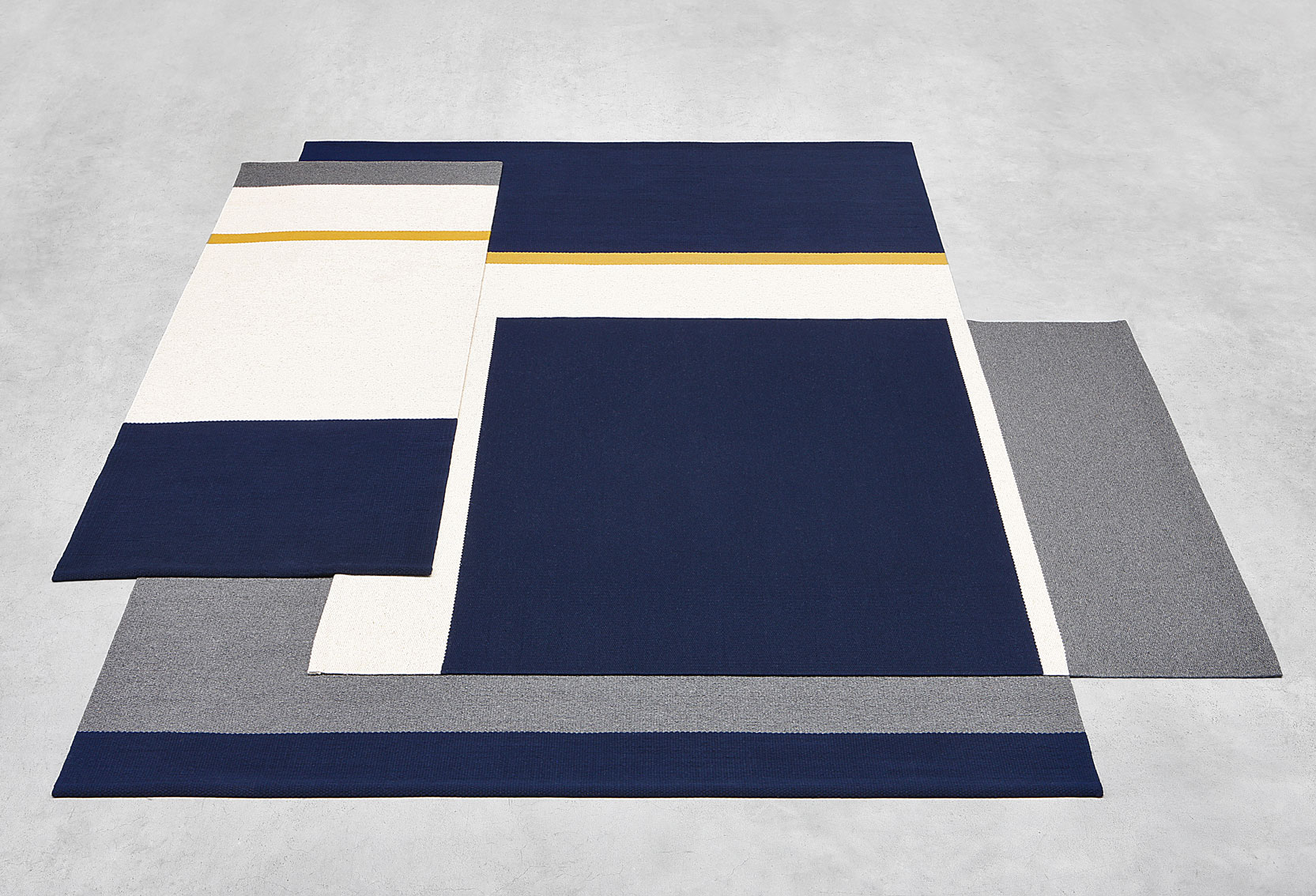 Lucy Large Rug