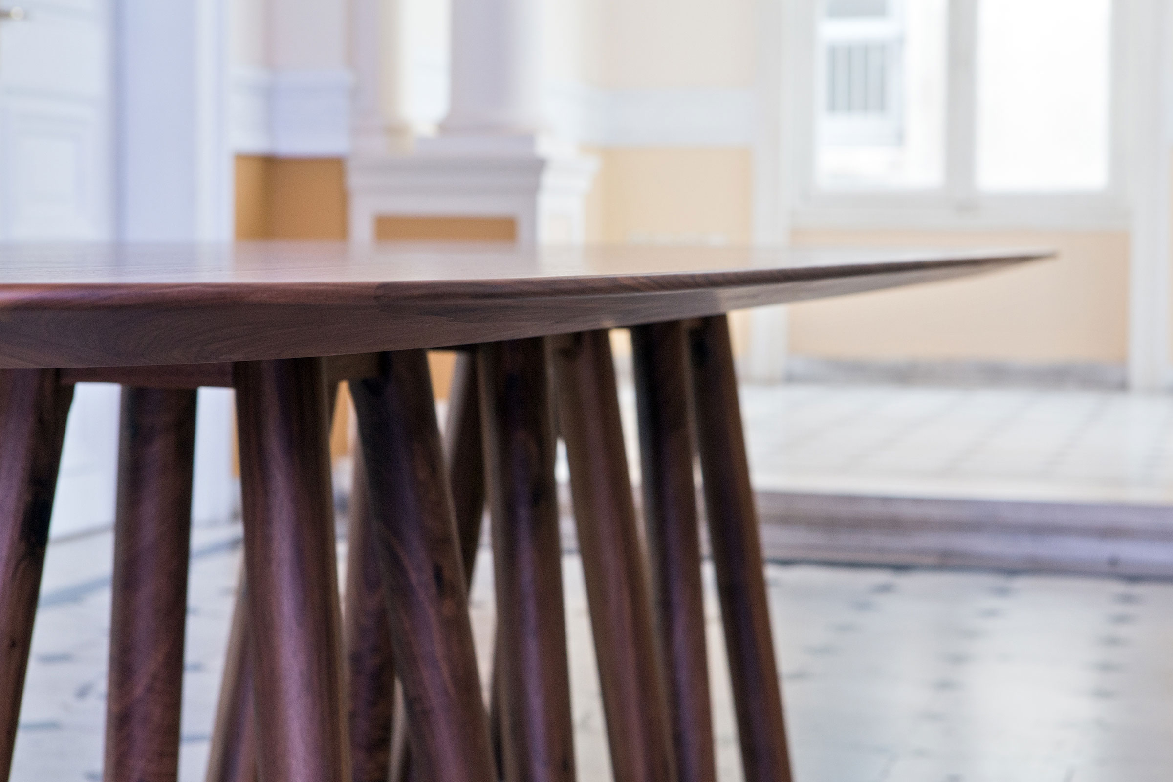 Mos-I-Ko 001 F Table - <p>Table in various sizes with soap shaped top, base<br /> with 12 legs in lacquered or solid wood.</p>  Maxfine Top is available for all sizes  | Matter of Stuff