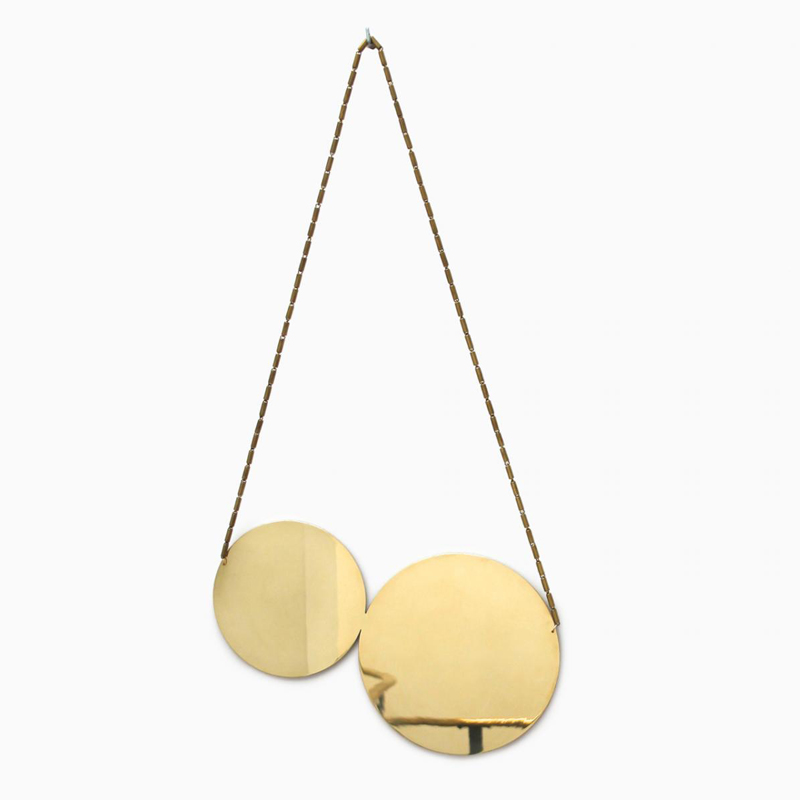 Cherry Mirror - <p>This sweet cherry mirror is made of high mirror polished brass. It can be varnished on request.  | Matter of Stuff
