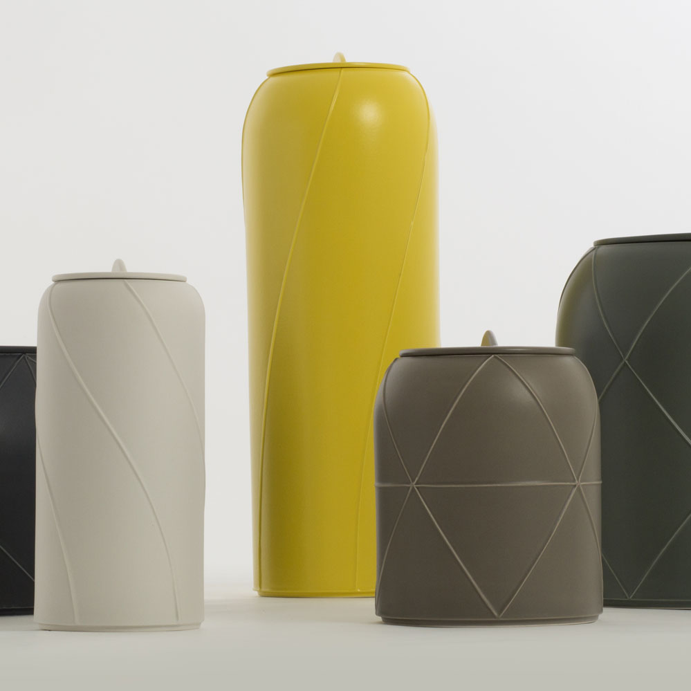 Vase With Lid D - Vase with lid D. Cast in white clay. Matt grey glaze. Year of production 2015 | Matter of Stuff