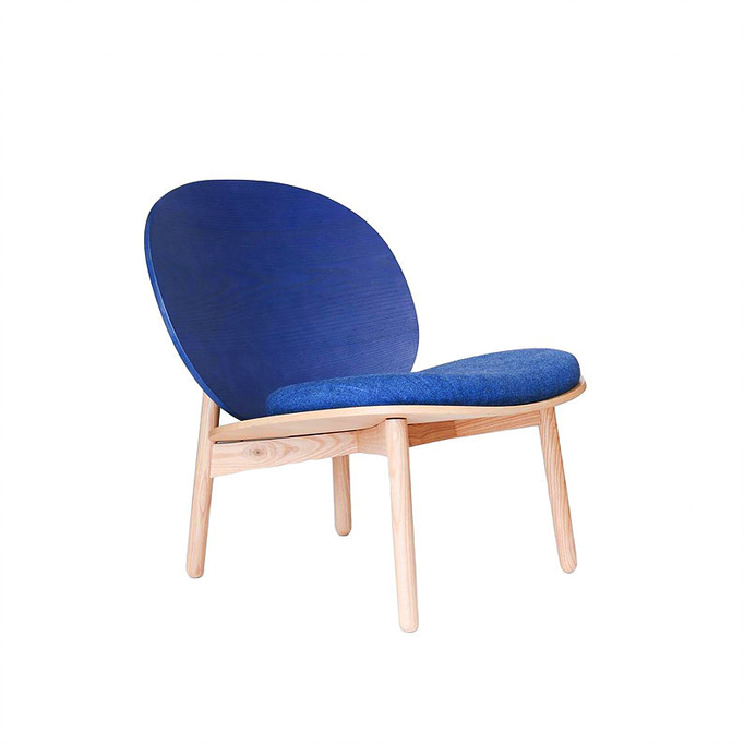 Centenario Lounge Chair - <p>A warm, simple and wonderful lounge wooden chair. With versatile aesthetics and atemporality, its proportions translate to its identity and name. The legs and back complement the whole personality of the product.</p>  | Matter of Stuff