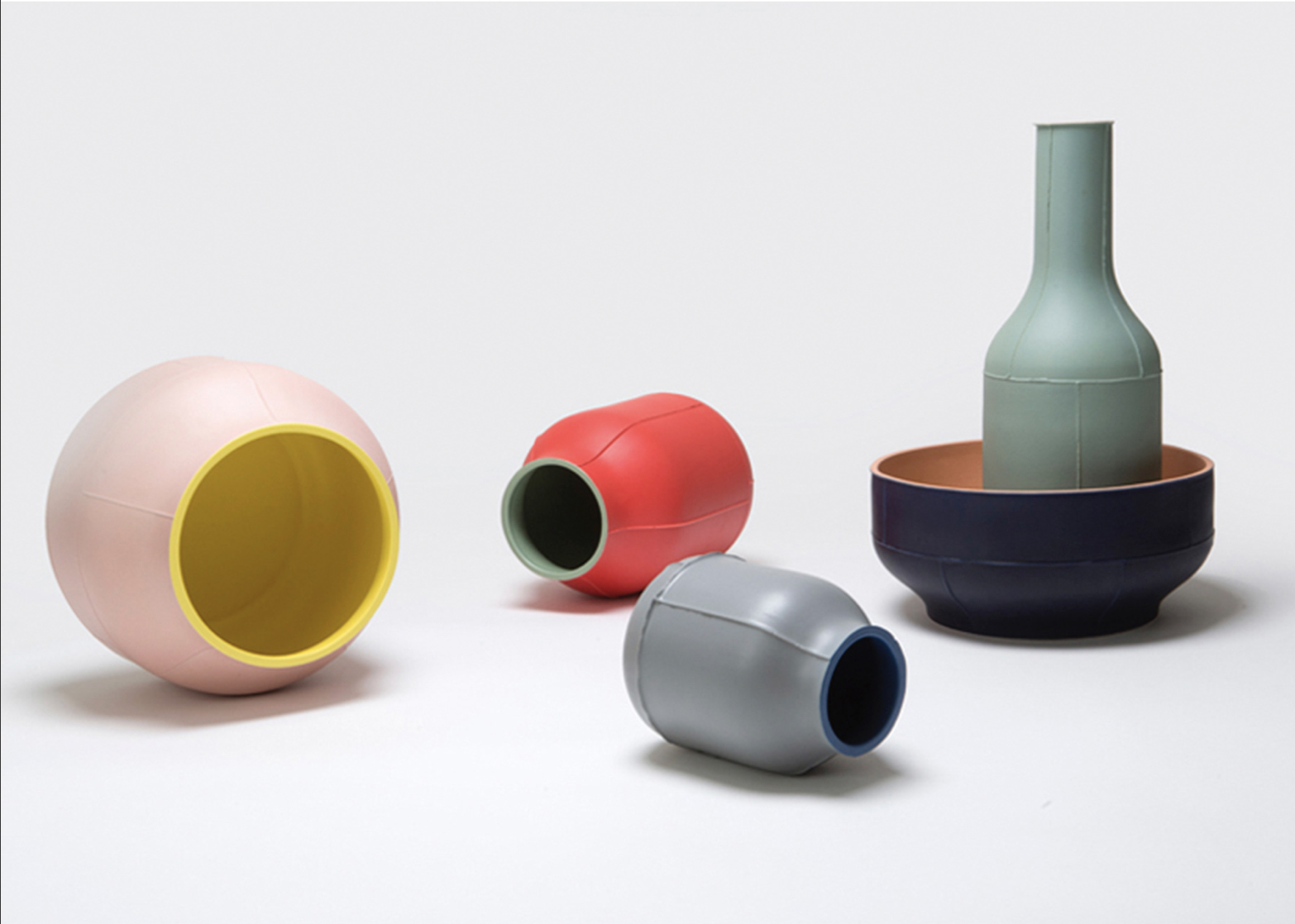 Small Barrel Vase - Small Barrel vase. Cast in white clay. Two-tone matt glaze, blue on the inside and grey on the outside. Year of production 2014 | Matter of Stuff