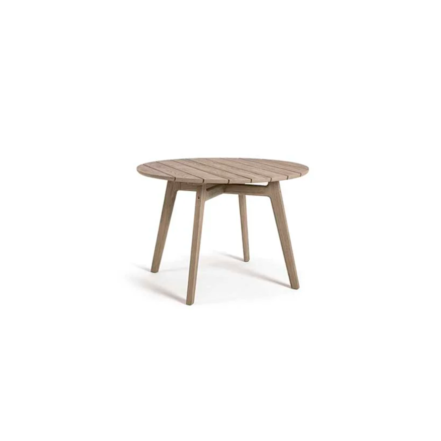 Knit Round Dining Table - Knit is a complete line of tables, chairs and lounge chairs in teak and woven rope that expresses with refinement a perfect synthesis of aesthetics, functionality and ergonomics. The iconic collection is enriched by the new version in pickled teak and light gray rope and the rocking version of the lounge chair with high back, thus offering a new and special interpretation of the classic bergère.  Rain cover is available at extra cost. Please enquire for more information.   Matter of Stuff
