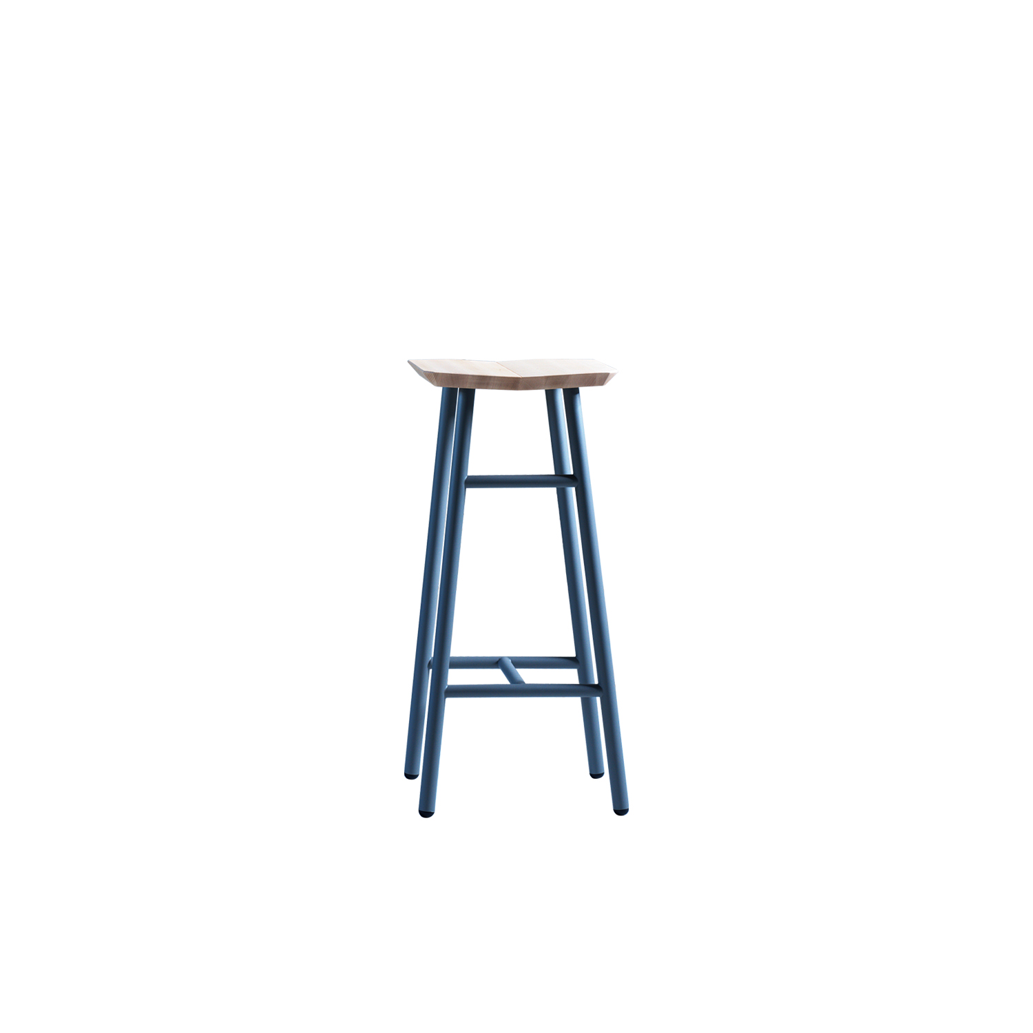 Dedo Stool - Dedo features an ergonomic wooden chair that sits on a solid structure made of steel. Available in three heights, it is particularly suited to turnkey projects and island kitchens.