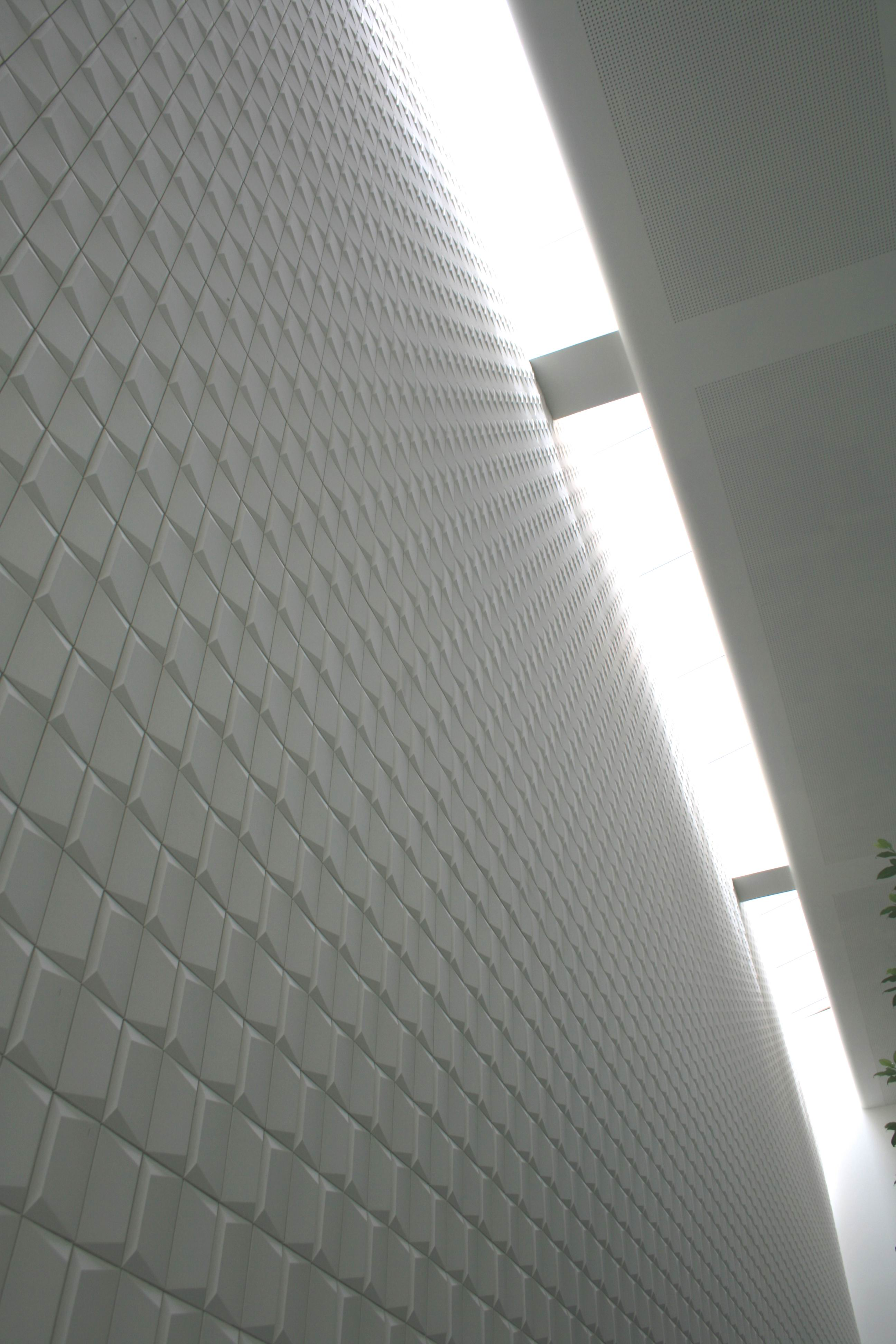 3D Brick Tile - 3D Bricks are a series of versatile decorative ceramic tiles based on a Rectangular parallelepiped with a one or more asymmetric faces. The attractive shapes of Brick tiles make them perfect to create vibrant walls and vertical surfaces, suitable for both indoors and outdoor.  Bricks are ideal for commercial spaces and residential projects.  These tiles can be produced using single or mixed colours, as well as any bespoke glazing effect.  Hand-crafted in Italy.   | Matter of Stuff