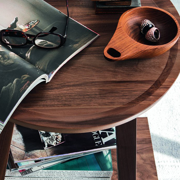 LC 45 Coffee Table - LC coffee table in solid American walnut. It is also available wood finishes like natural walnut, black, white or grey.  | Matter of Stuff