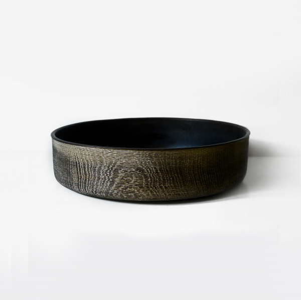 Bowl Oak 05 - The artistic work of the trained carpenter and film-director Fritz Baumann is expressed in award-winning films and unique works in wood.