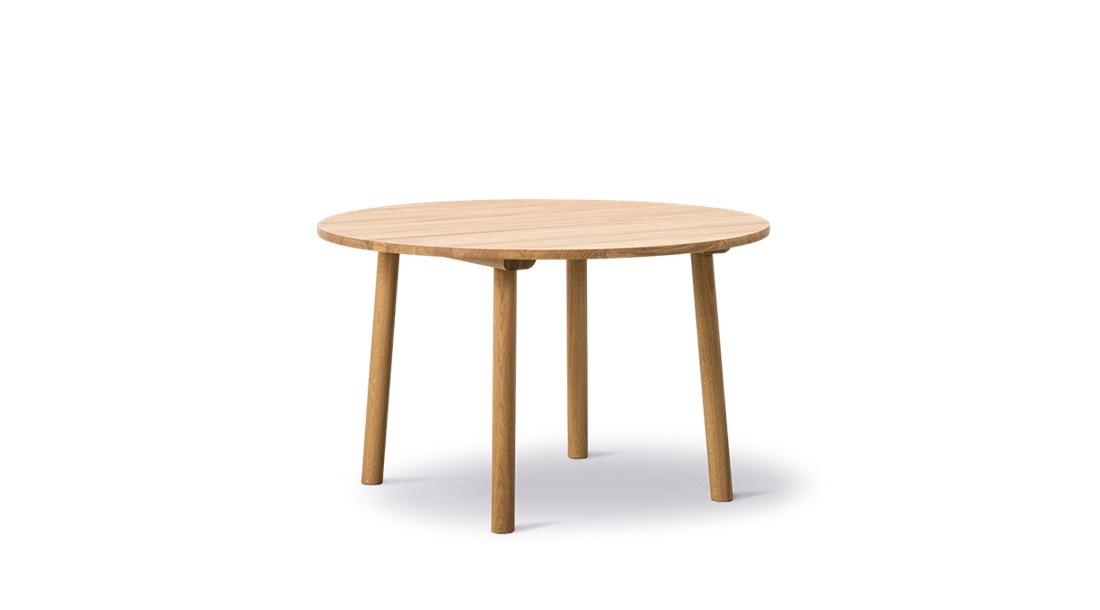 Taro 6141 Dining Table