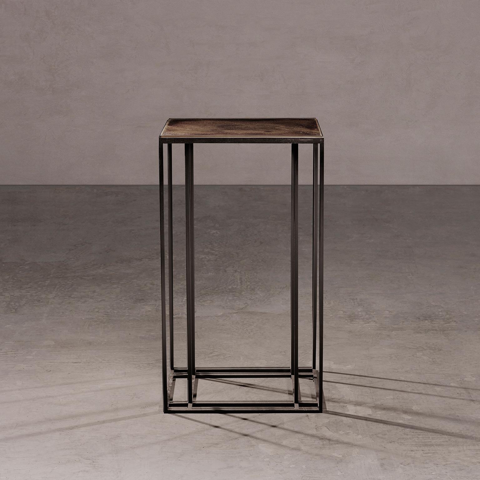 Loft Binate Display Table