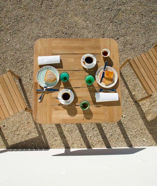 Pevero Square Table