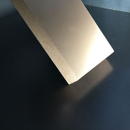 Champagne - 1k one-component varnish in imitation of the flat galvanic finishings, it gives light and great brightness to the treated support.